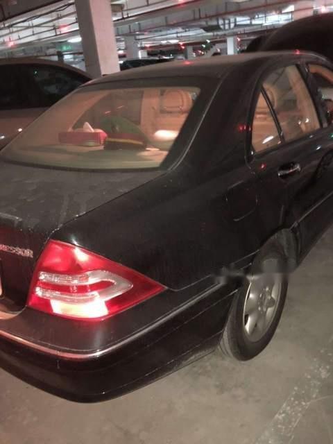 Bán Mercedes C180K sản xuất 2004, màu đen chính chủ (2)