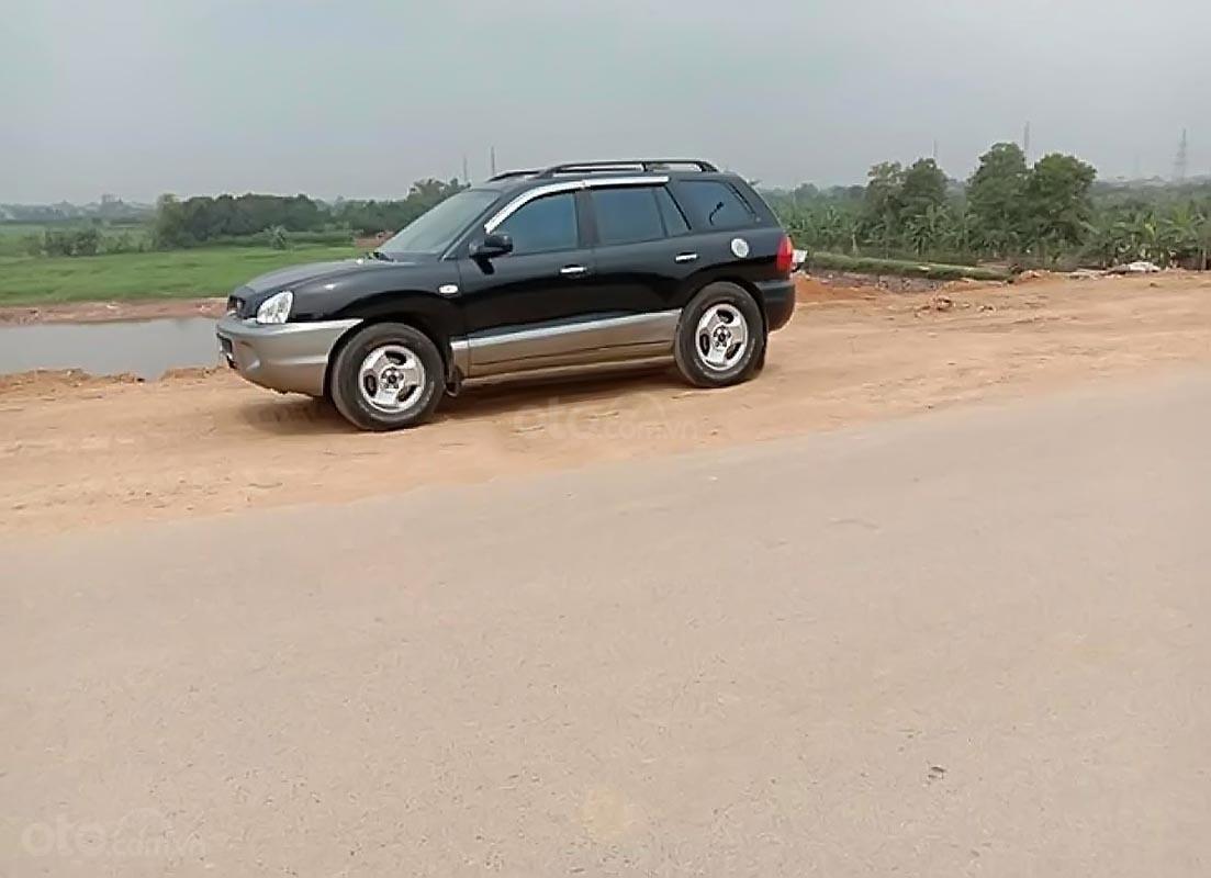 Cần bán xe Hyundai Santa Fe Gold 2.0 AT năm sản xuất 2003, màu đen, xe nhập   (1)