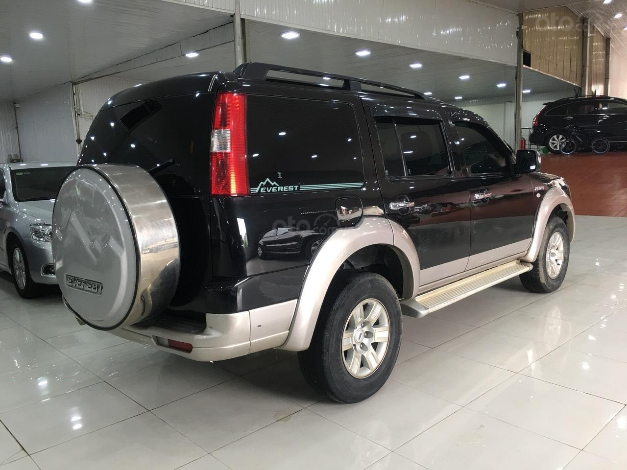 Bán Ford Everest đời 2008, màu đen, số tự động (7)