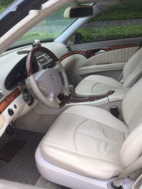 Cần bán Mercedes E240 sản xuất 2003, màu đen, nhập khẩu chính chủ-5