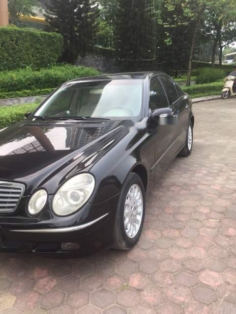 Cần bán Mercedes E240 sản xuất 2003, màu đen, nhập khẩu chính chủ-0