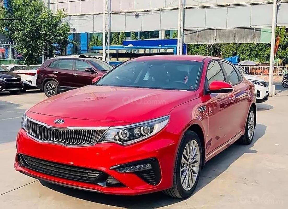 Bán Kia Optima AT năm sản xuất 2019, màu đỏ, 789 triệu-0