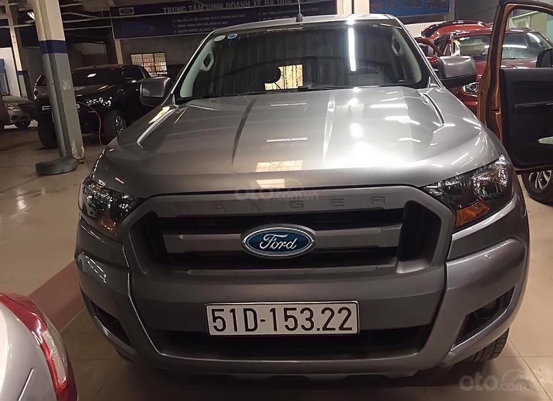 Cần bán lại xe Ford Ranger XLS MT 4x2 sản xuất năm 2017, màu bạc, nhập khẩu nguyên chiếc-0