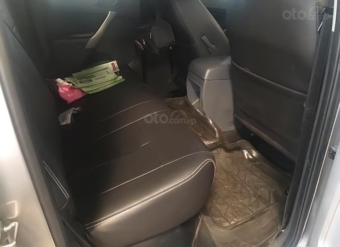 Cần bán lại xe Ford Ranger XLS MT 4x2 sản xuất năm 2017, màu bạc, nhập khẩu nguyên chiếc-2