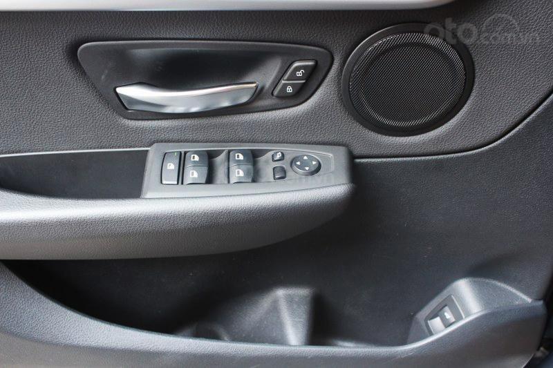 Cần bán BMW 2 Series 218i đời 2016-11