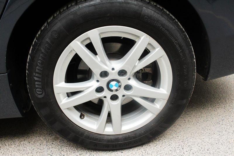 Cần bán BMW 2 Series 218i đời 2016-14