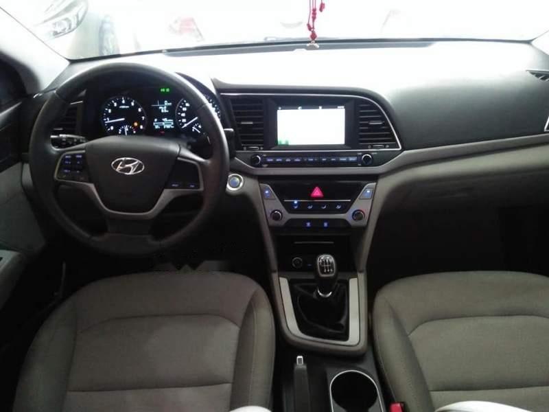 Cần bán Hyundai Elantra GLS sản xuất năm 2016, màu vàng số sàn-5
