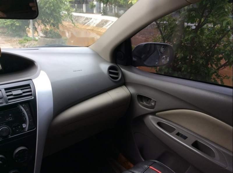 Bán xe Toyota Vios E đời 2011, màu bạc còn mới giá cạnh tranh (5)