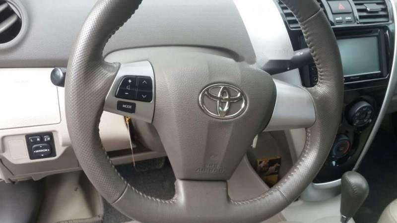 Bán xe Toyota Vios đời 2012, màu bạc số tự động-3