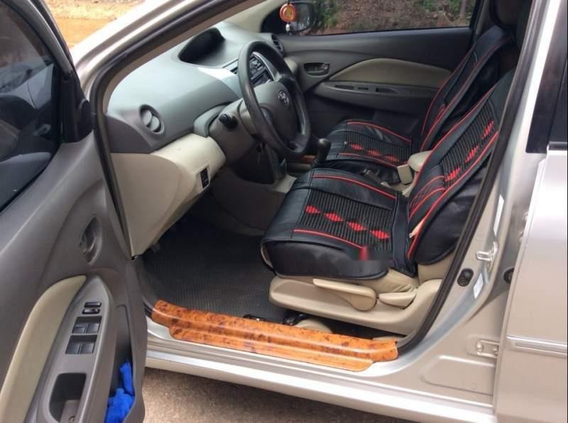 Bán xe Toyota Vios E đời 2011, màu bạc còn mới giá cạnh tranh (3)