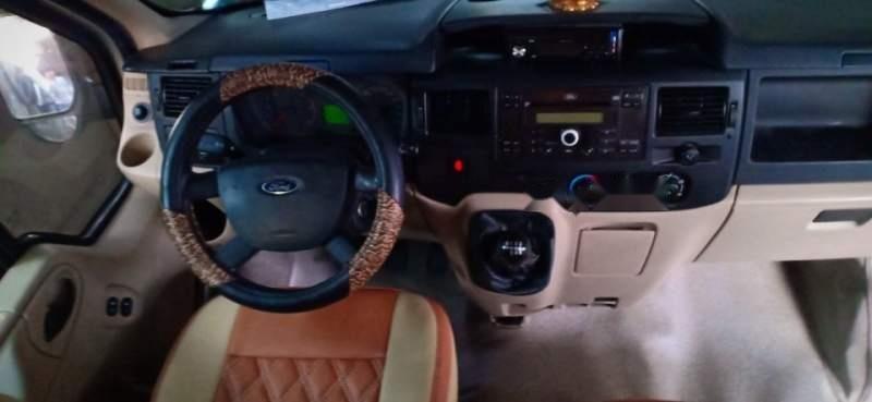 Cần bán xe Ford Transit 2014, màu bạc-4