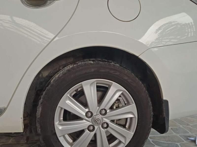 Bán Toyota Vios sản xuất 2017, màu trắng-4