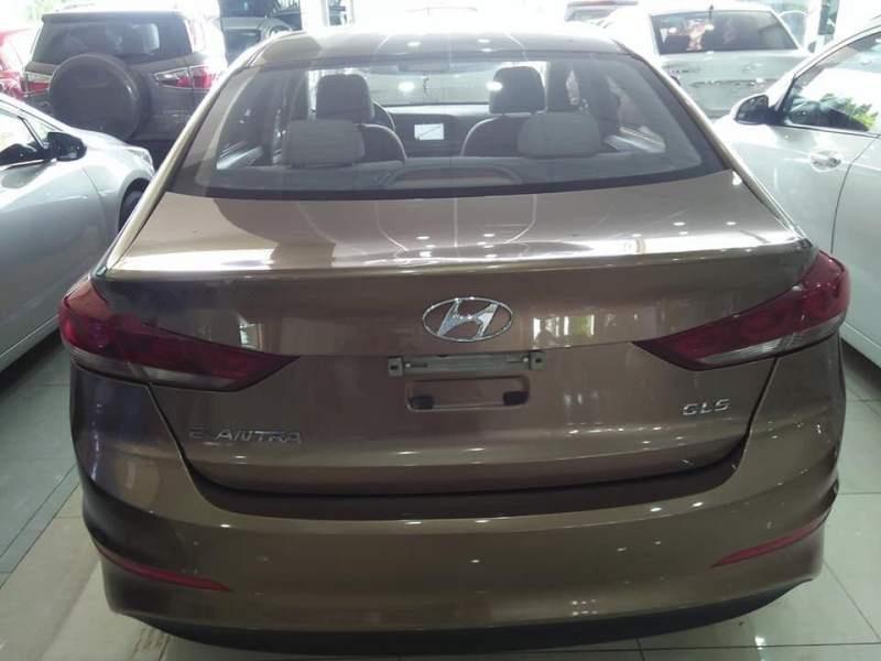 Cần bán Hyundai Elantra GLS sản xuất năm 2016, màu vàng số sàn-4