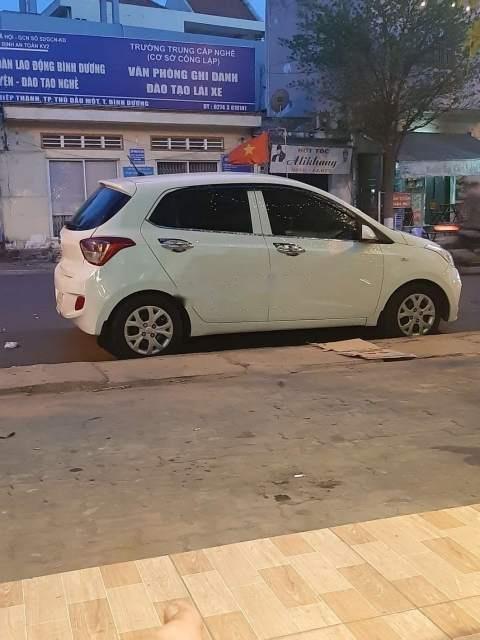 Bán Hyundai Grand i10 năm sản xuất 2014, màu trắng, nhập khẩu-1