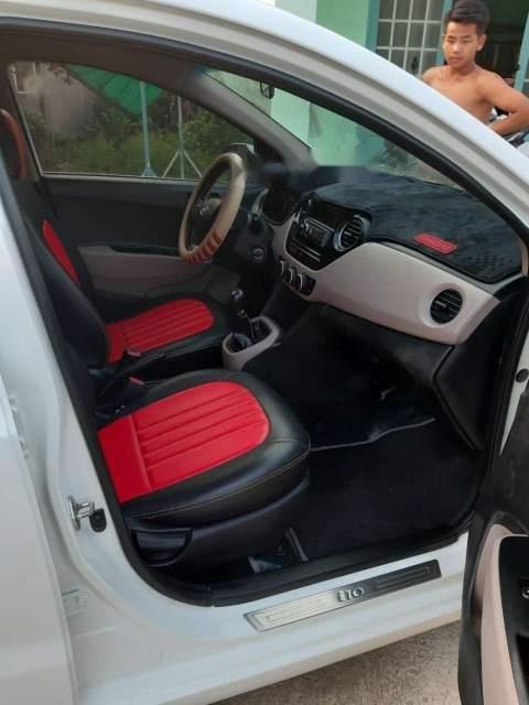 Bán Hyundai Grand i10 năm sản xuất 2014, màu trắng, nhập khẩu-4