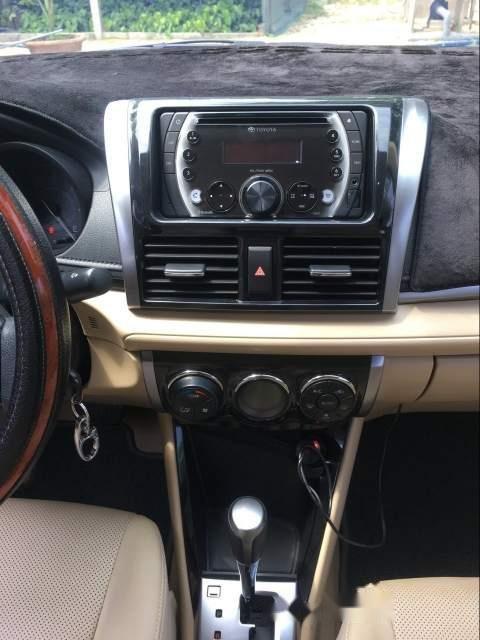 Cần bán lại xe Toyota Vios 1.5G AT năm 2018, màu trắng, xe gia đình-4