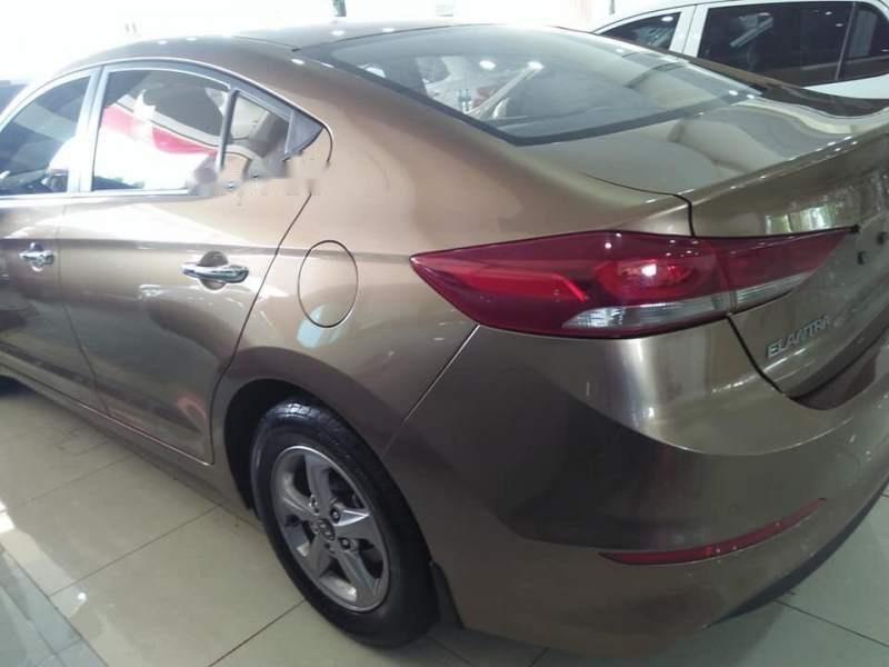 Cần bán Hyundai Elantra GLS sản xuất năm 2016, màu vàng số sàn-3
