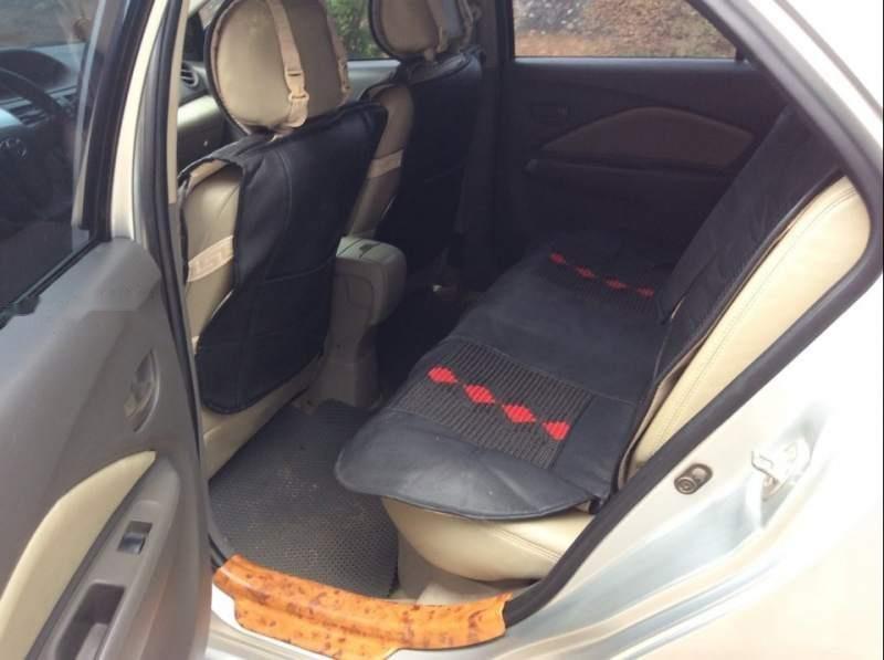 Bán xe Toyota Vios E đời 2011, màu bạc còn mới giá cạnh tranh (4)