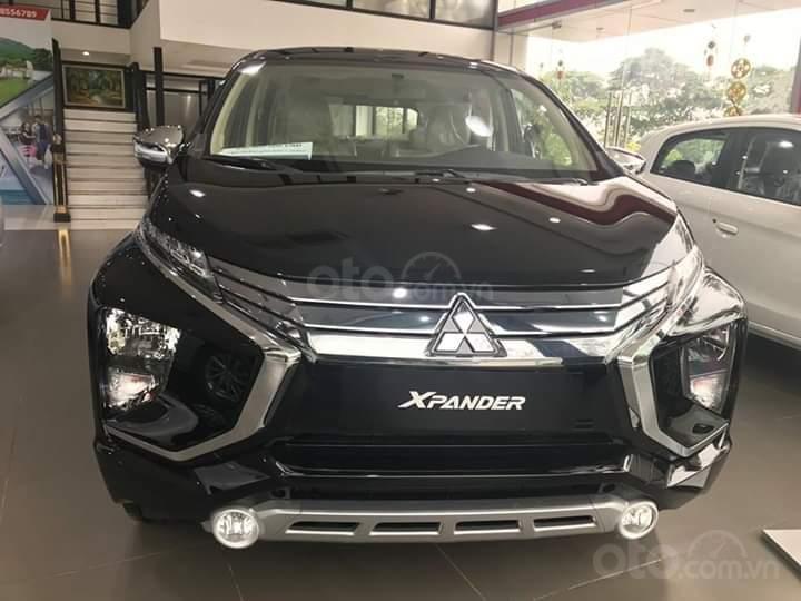 Bán xe Mitsubishi Xpander AT đời 2019, màu đen, xe nhập giá chuẩn-0