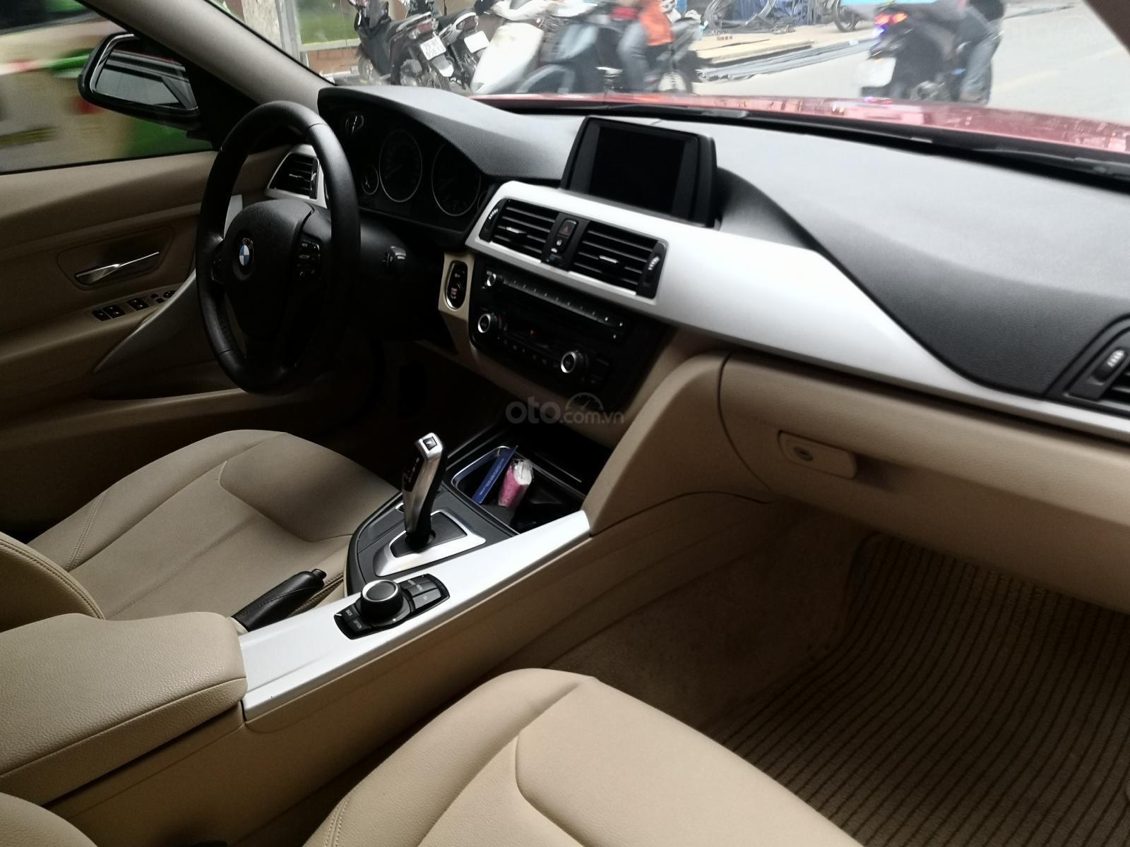 Cần bán xe BMW 320i sản xuất 2012 màu đỏ (5)