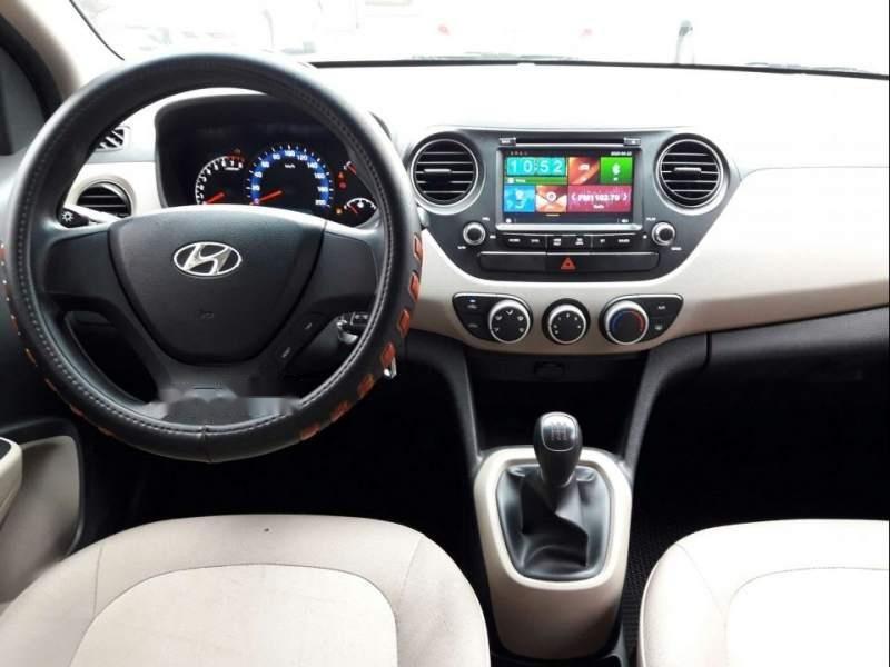 Bán xe Hyundai Grand i10 năm 2018, màu bạc-3