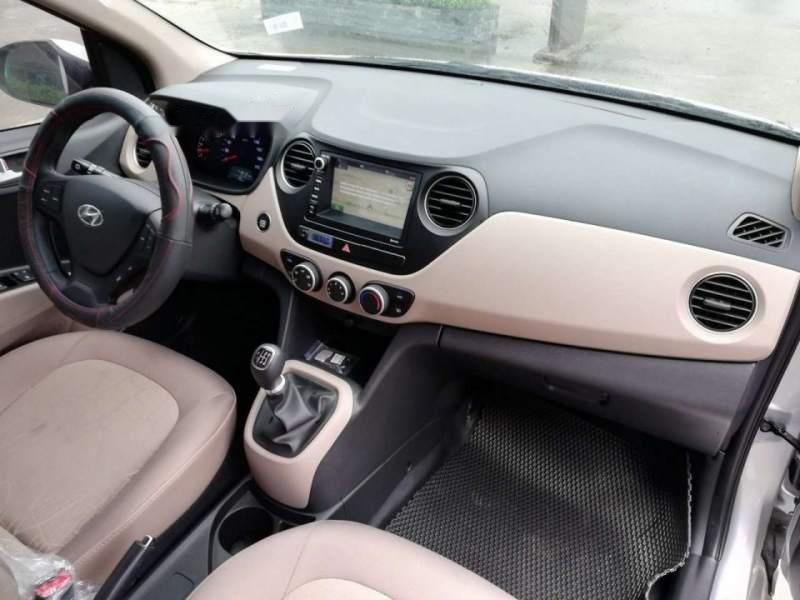 Cần bán Hyundai Grand i10 năm 2019, màu bạc, giá tốt-3