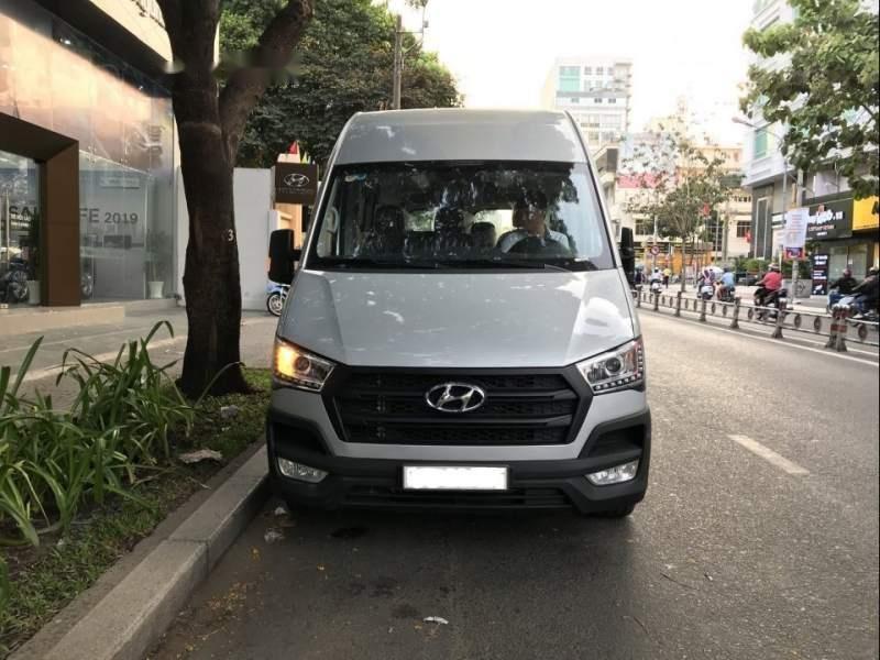 Bán xe Hyundai Solati H350 năm 2019, màu bạc (1)