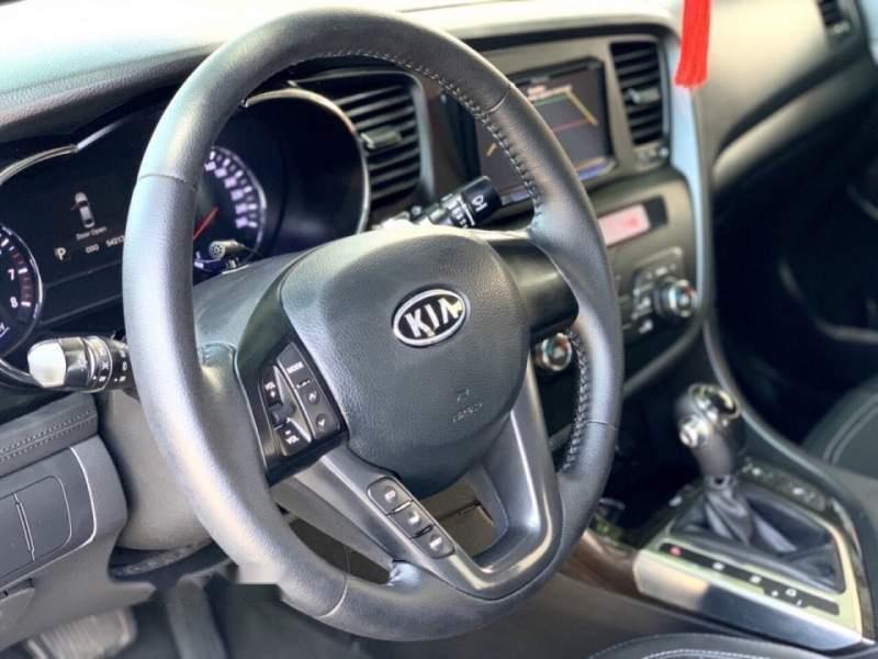 Cần bán xe Kia K5 năm sản xuất 2012, màu trắng, xe nhập, 579 triệu-4