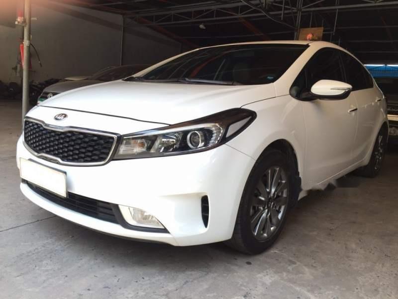 Bán ô tô Kia Cerato đời 2016, màu trắng-1