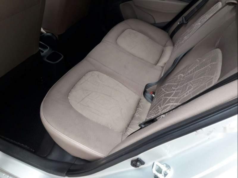 Bán xe Hyundai Grand i10 năm 2018, màu bạc (5)
