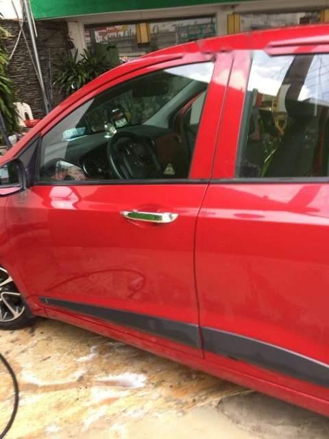 Bán xe Hyundai Grand i10 đời 2018, màu đỏ, chính chủ-1