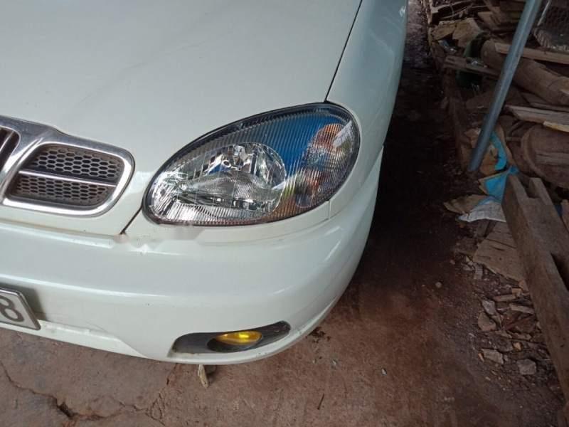 Bán ô tô Daewoo Lanos sản xuất năm 2002, màu trắng, nhập khẩu nguyên chiếc còn mới, 80tr-2