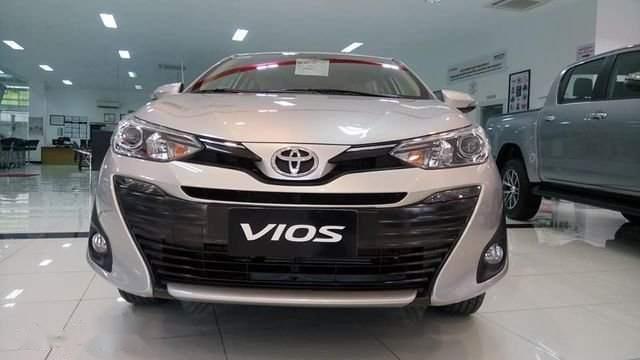 Bán xe Toyota Vios năm sản xuất 2019, màu bạc-2