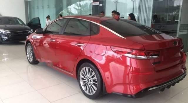 Bán xe Kia Optima Facelift năm sản xuất 2019, màu đỏ-1