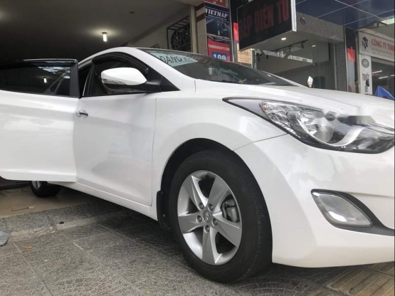 Bán Hyundai Elantra sản xuất 2013, màu trắng, xe nhập chính chủ-0
