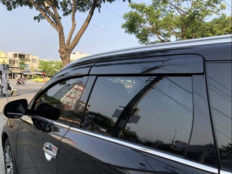 Bán xe Mitsubishi Outlander 2019, màu đen, giá tốt-4