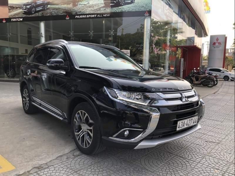 Bán xe Mitsubishi Outlander 2019, màu đen, giá tốt-0
