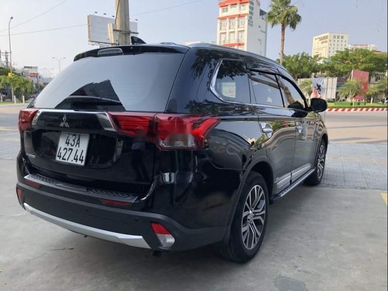 Bán xe Mitsubishi Outlander 2019, màu đen, giá tốt-2
