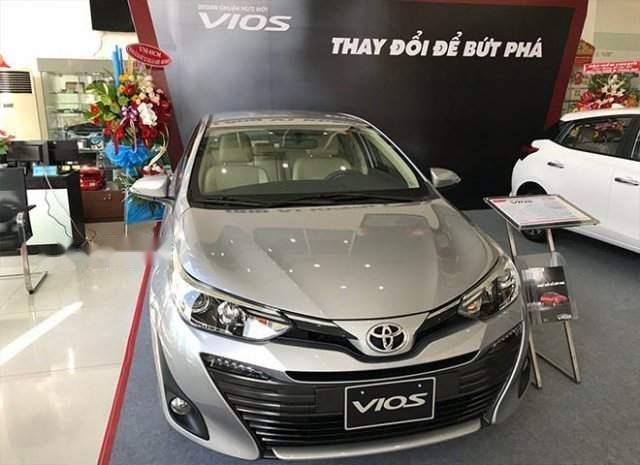 Bán xe Toyota Vios năm sản xuất 2019, màu bạc-1
