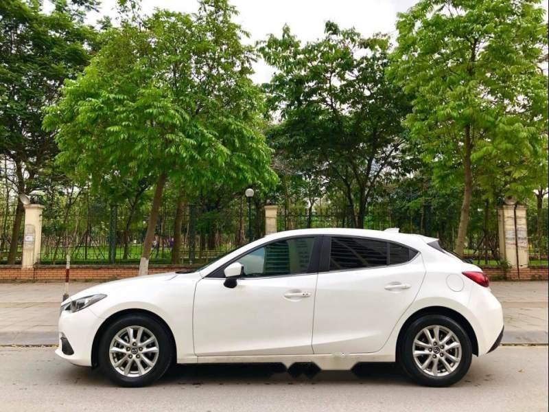 Bán xe Mazda 3 1.5AT đời 2015, màu trắng (4)