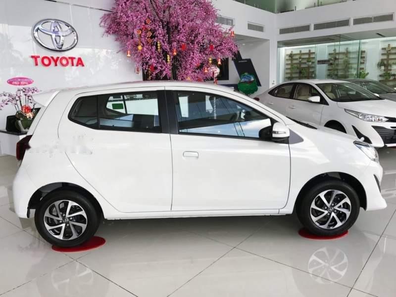 Cần bán xe Toyota Wigo năm sản xuất 2019, màu trắng, nhập khẩu nguyên chiếc, giá tốt (3)