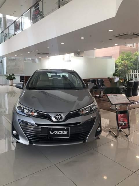 Bán xe Toyota Vios E đời 2019, màu xám, 506 triệu-0