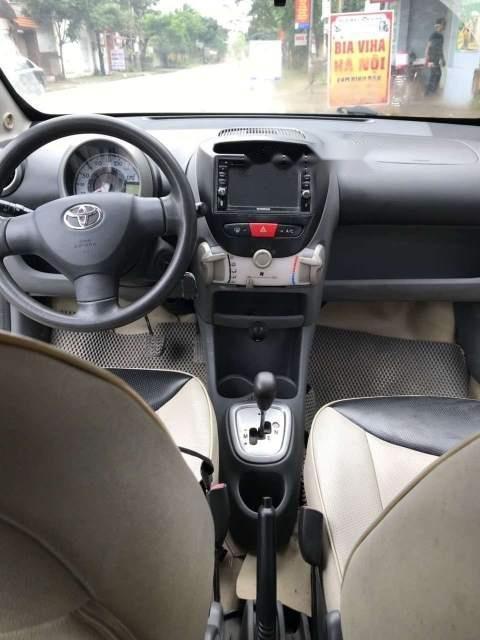 Bán Toyota Aygo đời 2010, nhập khẩu  -2