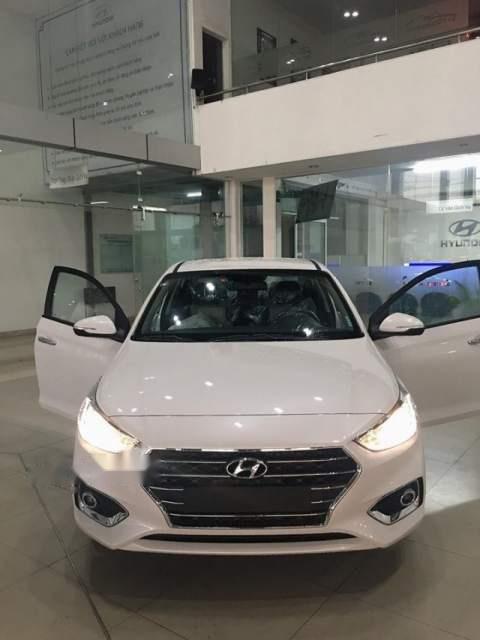 Bán xe Hyundai Accent 2019, màu trắng, 425tr (1)