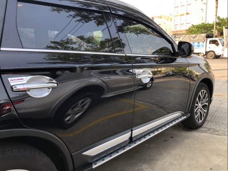 Bán xe Mitsubishi Outlander 2019, màu đen, giá tốt-3