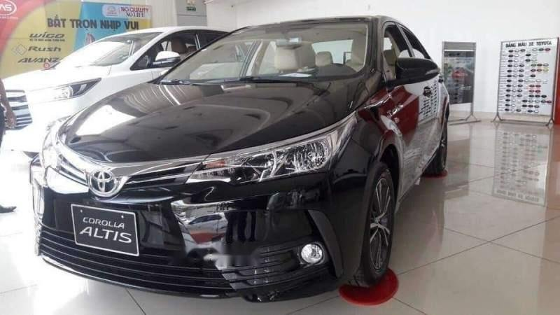 Bán xe Toyota Corolla altis năm 2019, màu đen-3