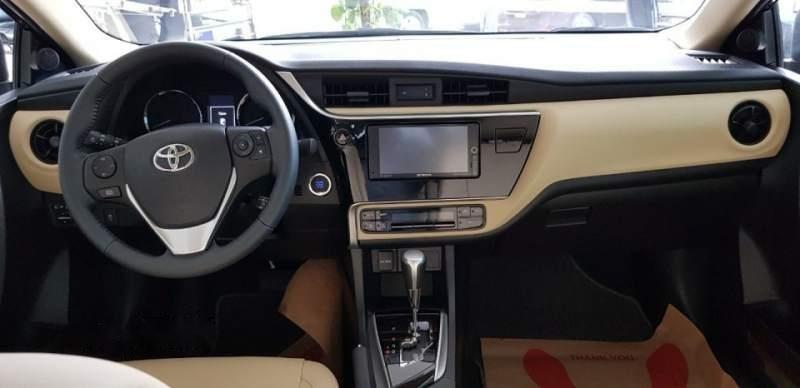 Bán xe Toyota Corolla altis 1.8L năm sản xuất 2019, màu đen (4)