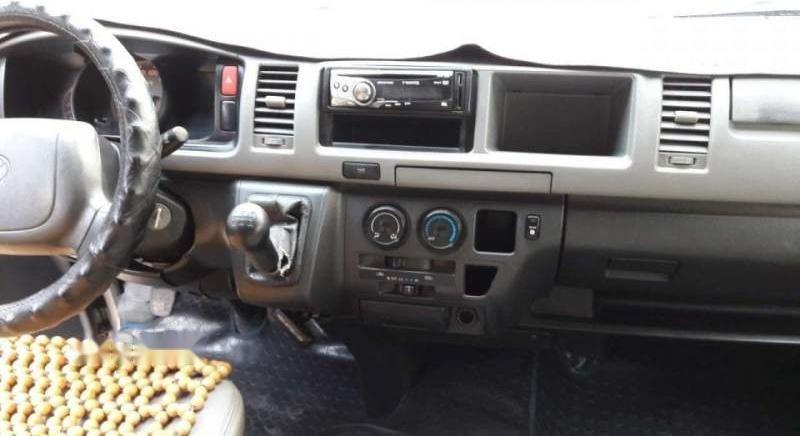 Bán xe Toyota Hiace sản xuất 2006, màu bạc chính chủ, 15 chỗ-5