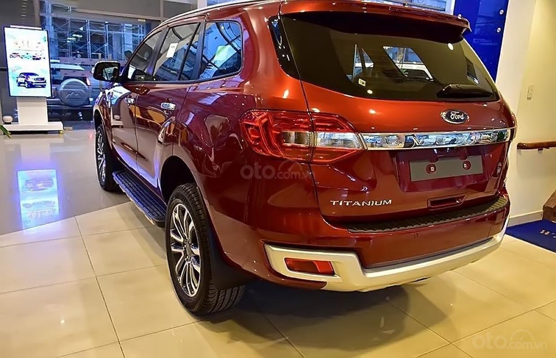 Bán ô tô Ford Everest 2.0L Titanim 4x4 sản xuất năm 2019, xe nhập-3
