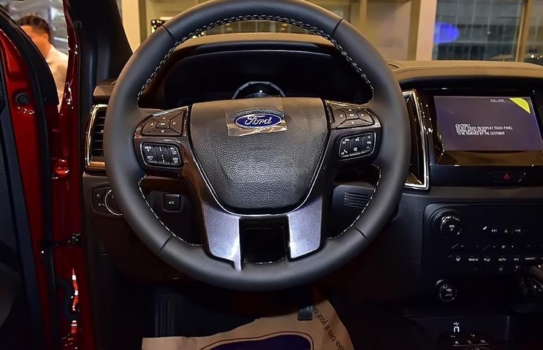 Bán ô tô Ford Everest 2.0L Titanim 4x4 sản xuất năm 2019, xe nhập-4